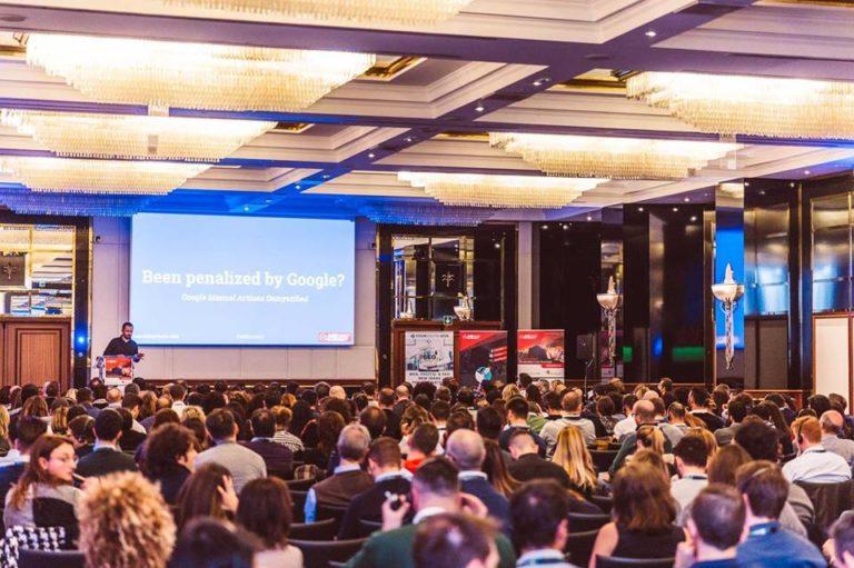 Marketing Business Summit platea e palco